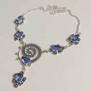 Jewelry - BRAND NEW 🎉AMAZING BLUE TOPAZ SILVER NECKLACE🎉